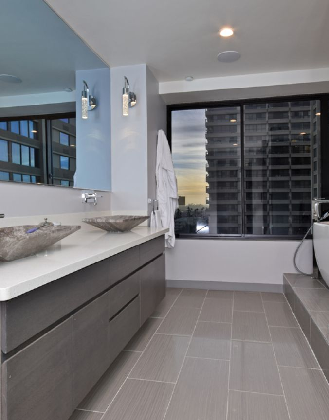 salle de bain murale del encastr contemporain lighting. Black Bedroom Furniture Sets. Home Design Ideas